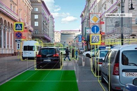 Беспилотный «КАМАЗ» научился распознавать практически все дорожные знаки